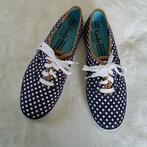 KEDS NAVY BLUE WITH WHITE POLKA DOTS 8
